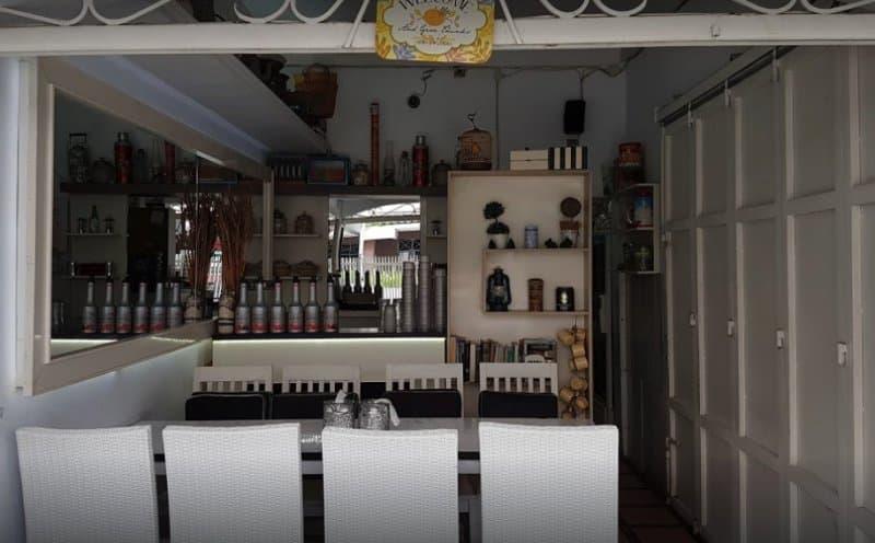 cafe 2019 hits di garut