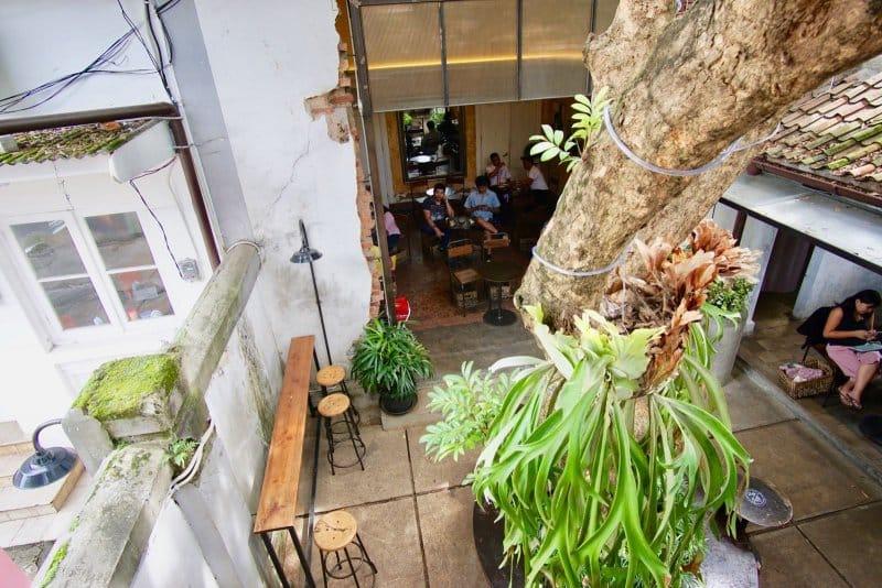 cafe murah di jalan riau bandung