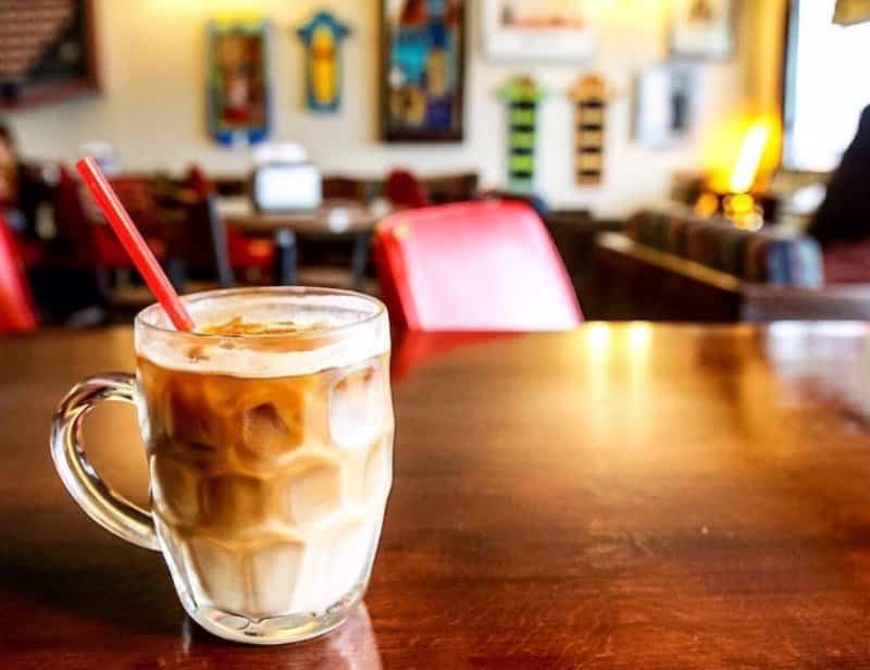 cafe paling hits di karawang