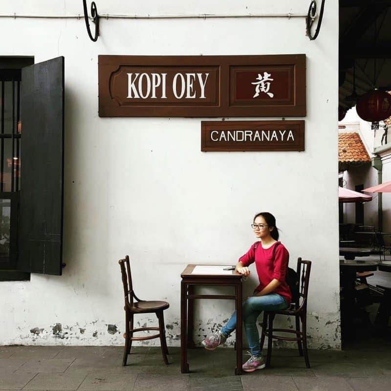 cafe di sekitar kota tua
