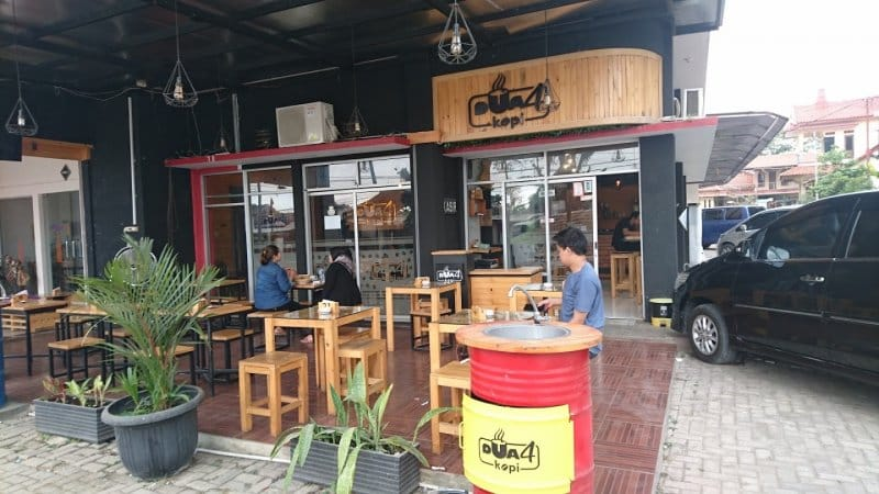 cafe artha kuningan