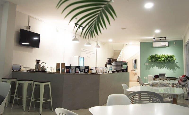 cafe di cisantana kuningan