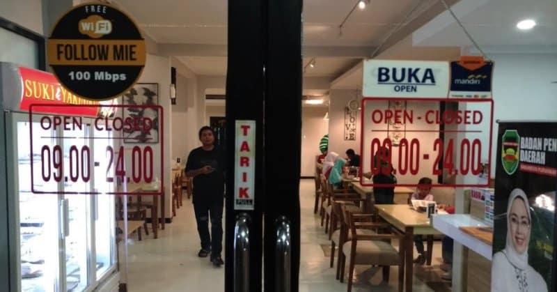 cafe hits purwakarta