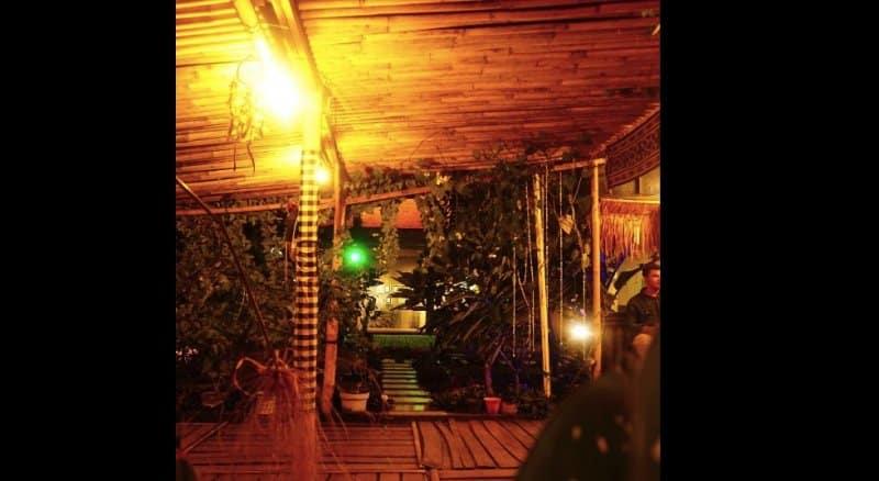 cafe garden purwakarta