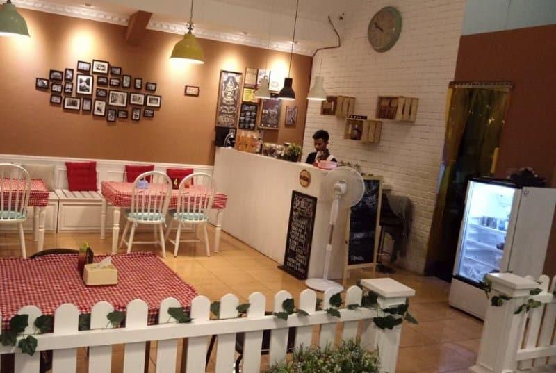 cafe wkwk di purwakarta