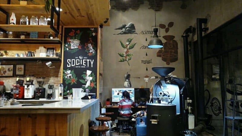 cafe di baturaden purwokerto