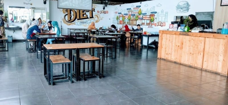 cafe di purwokerto terbaru