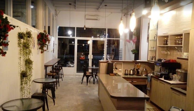 cafe di blitar paling baru
