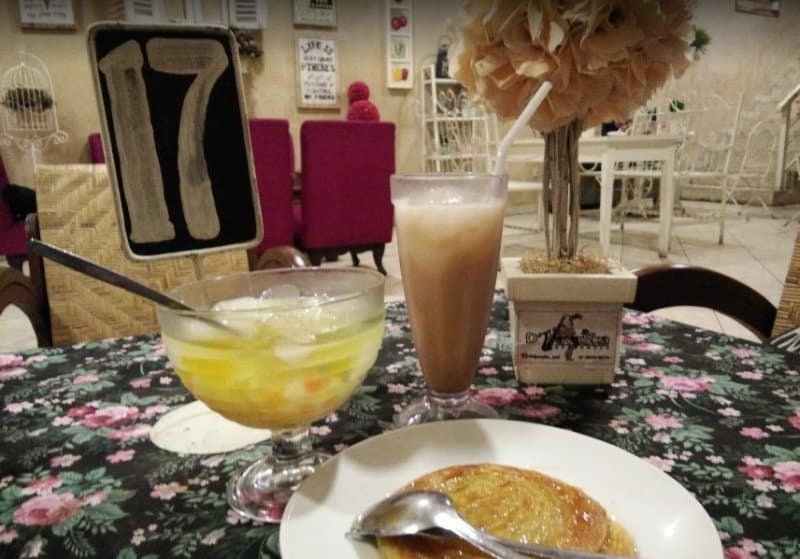 cafe di bondowoso dekat