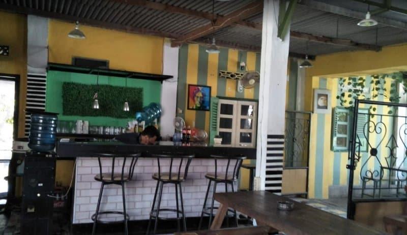 cafe di gunungkidul siang