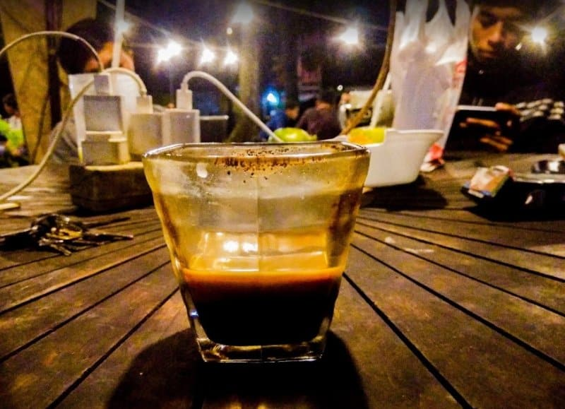 cafe di jember 24 jam
