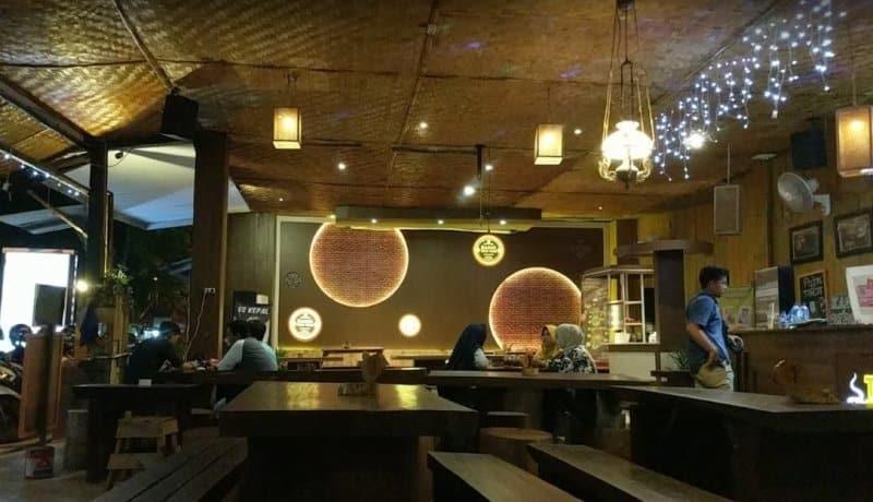 cafe di jember nyaman