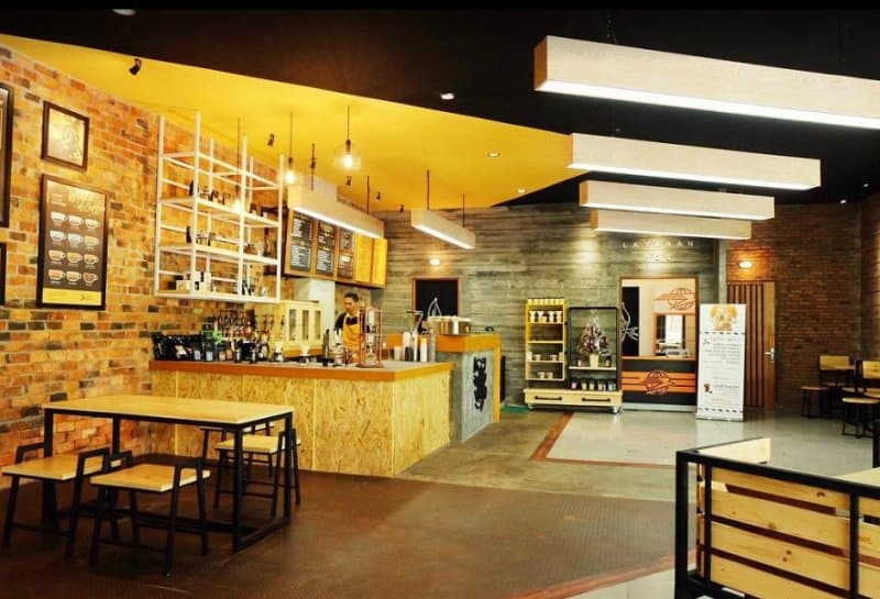 cafe di jember Coffee Toffee Kepatihan