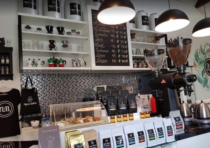 cafe hello klaten