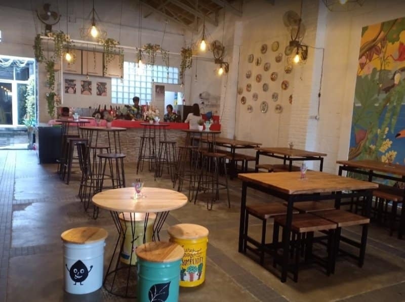 cafe hideout magelang