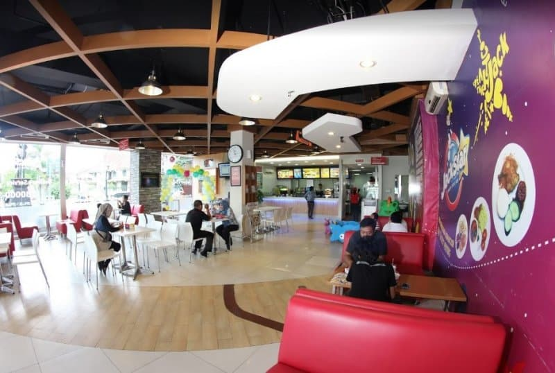 tempat nongkrong cafe di solo