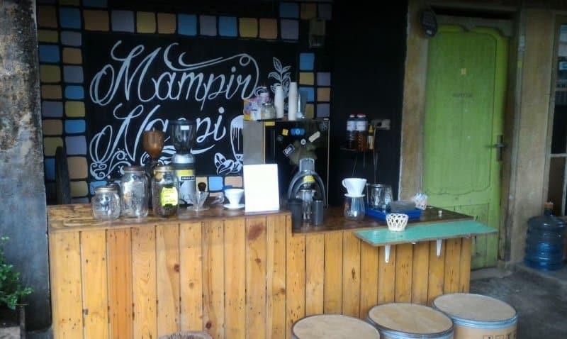cafe di wates yang enak