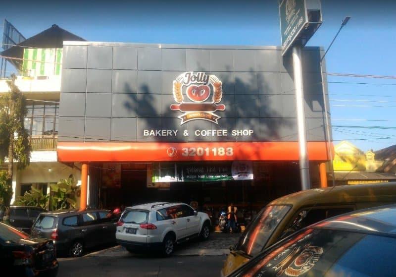 cafe di wonogiri malam