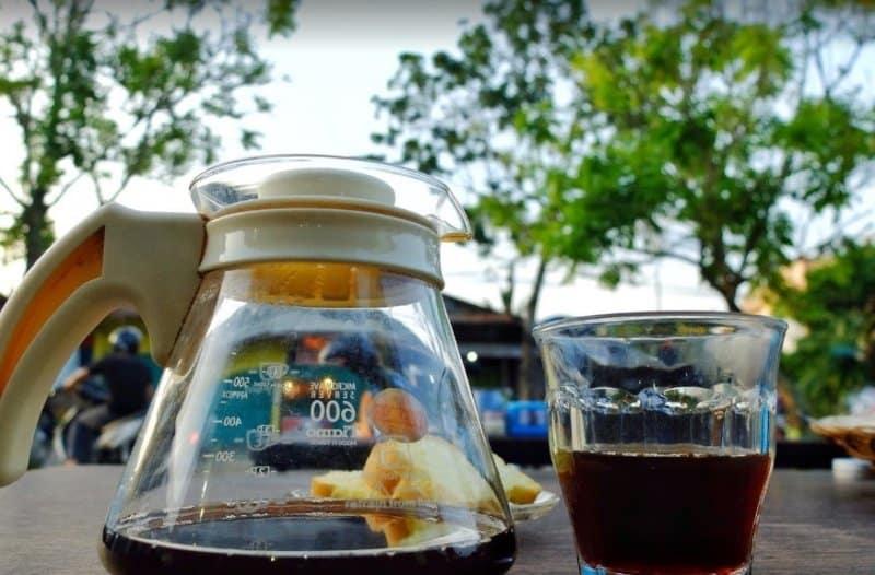 cafe di bontang terunik