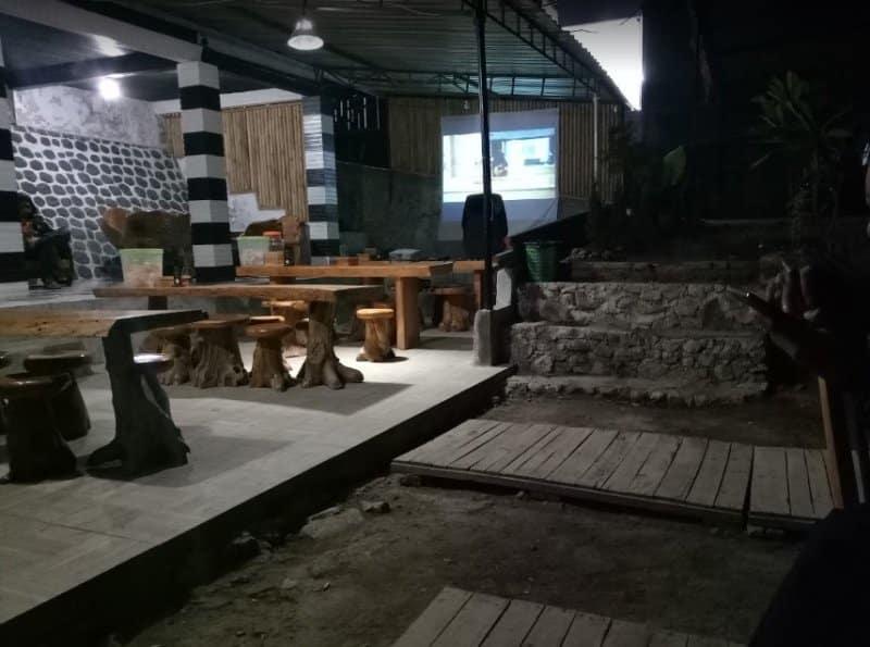 Cafe di magetan paling unik