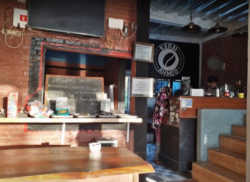 Cafe di sidoarjo terkeren