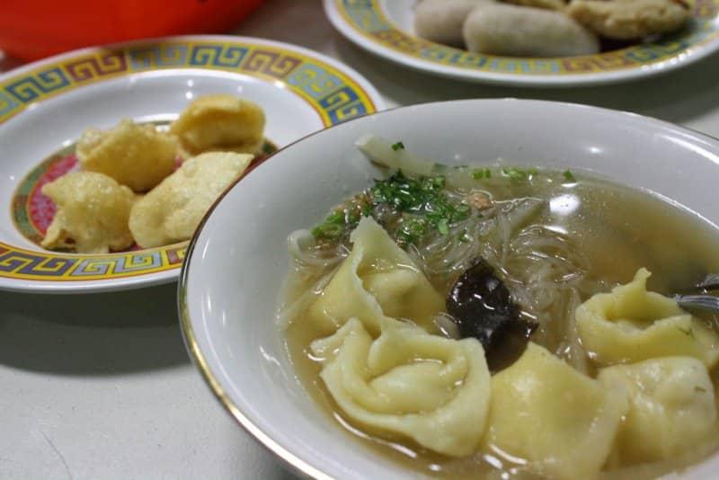 makanan khas palembang bekasam