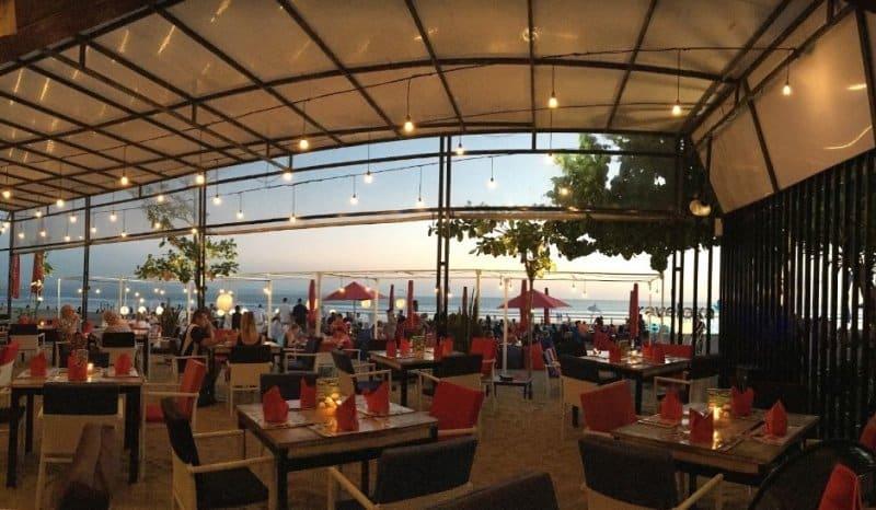 cafe di bali untuk sunset