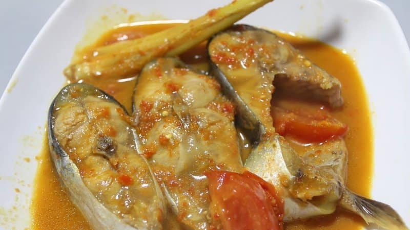 makanan khas kepulauan riau di maluku