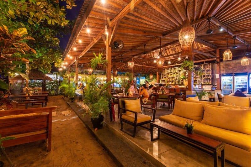 Tempat Nongkrong di Canggu malam hari