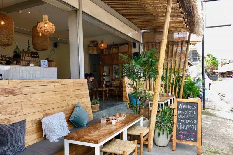 Tempat Nongkrong di Canggu santai