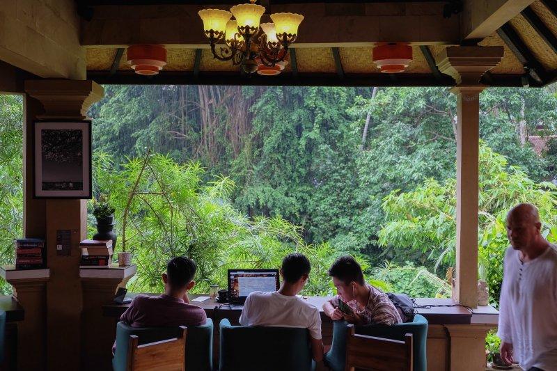 Cafe di Ubud paling nyaman