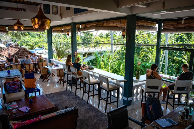 Cafe di Ubud alam