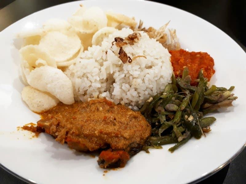makanan khas aceh lhokseumawe