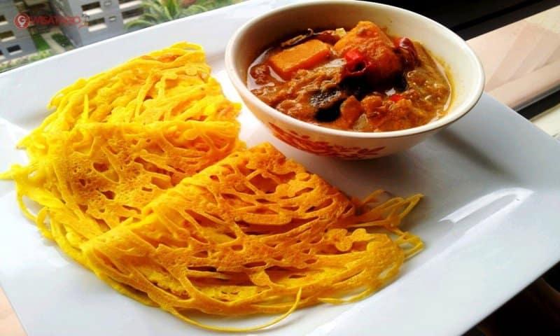 makanan khas pekanbaru riau yang diolah dengan sayur kangkung dan tepung sagu adalah