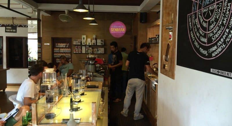Cafe di Ubud 24 jam