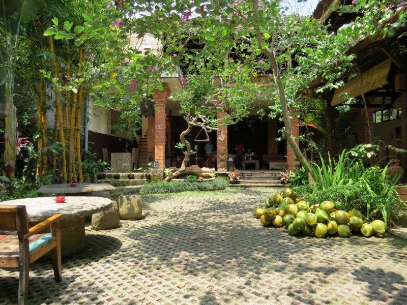 Cafe di Ubud santai