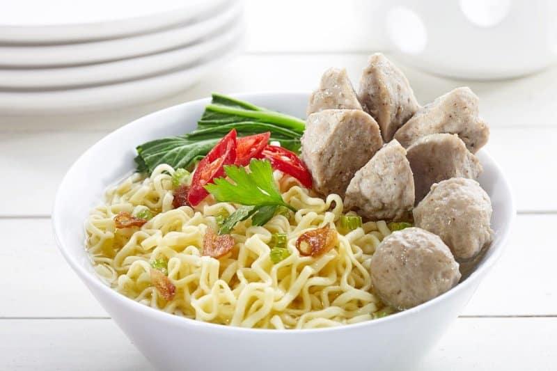 makanan khas sukabumi mie bakso