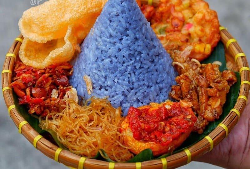 rumah makan khas sunda sukabumi