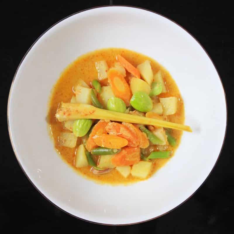 karakteristik makanan khas dki jakarta