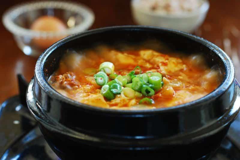oleh oleh ciri khas korea