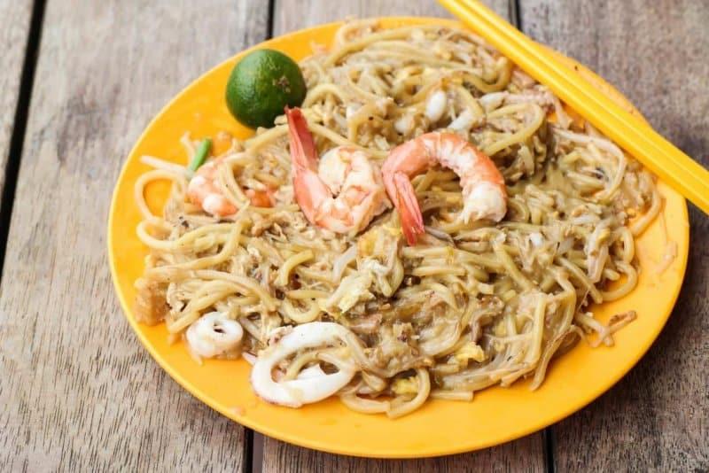 makanan khas singapura mie prawn