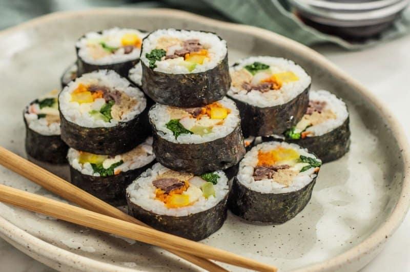 makanan khas korea selatan kimbab