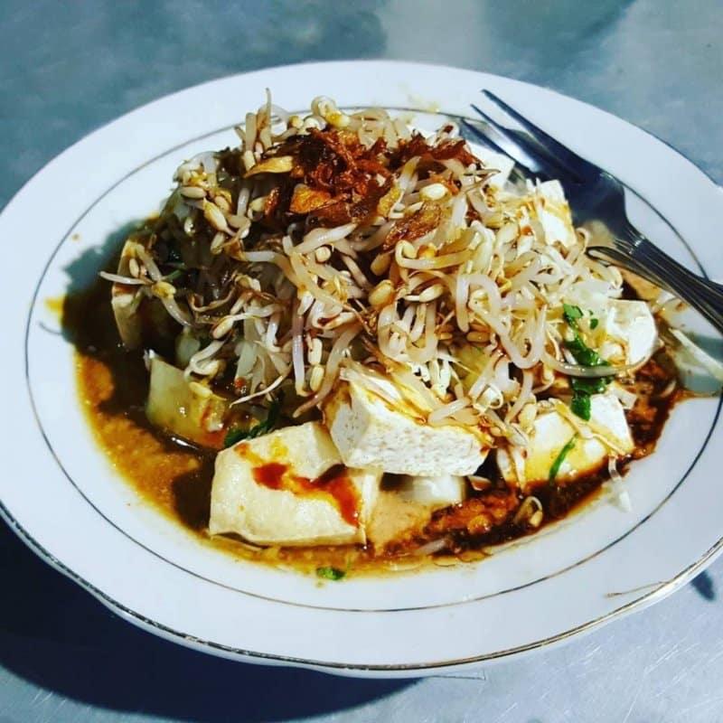 kupat tahu makanan khas purworejo