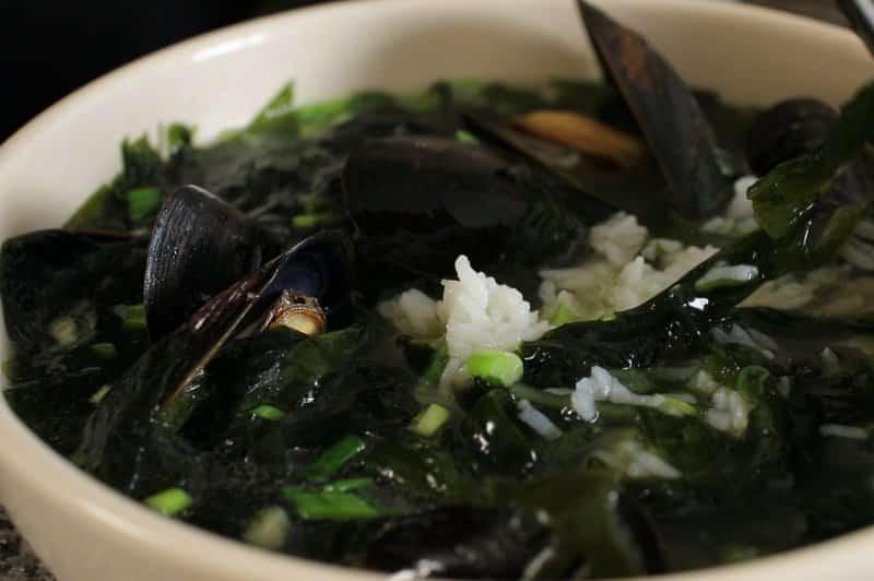 makanan khas korea selatan miyeok
