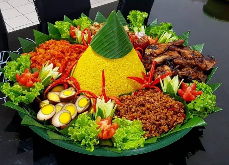 tumpeng makanan khas garut