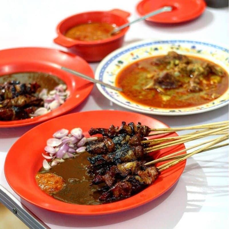 makanan khas tulungagung sate dan gulai kambing