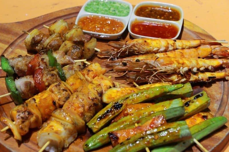 makanan khas vietnam