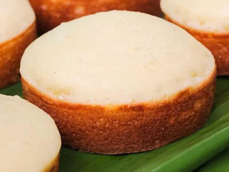 Kue apem putih