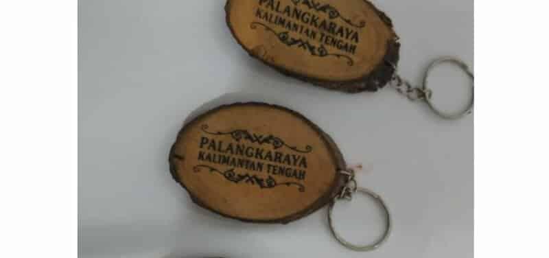 gantungan-kunci-palangkaraya