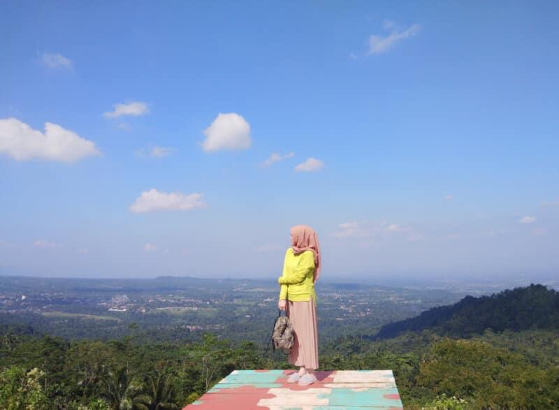 Bukit-Tranggulasih